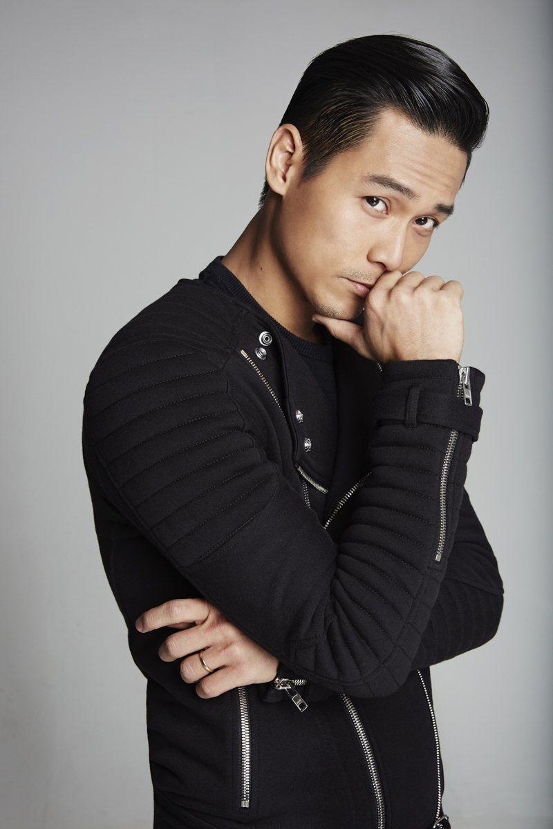陳邦鋆曾在新加坡選秀節目「才華橫溢出新秀」獲得冠軍。圖/伊林娛樂提供
