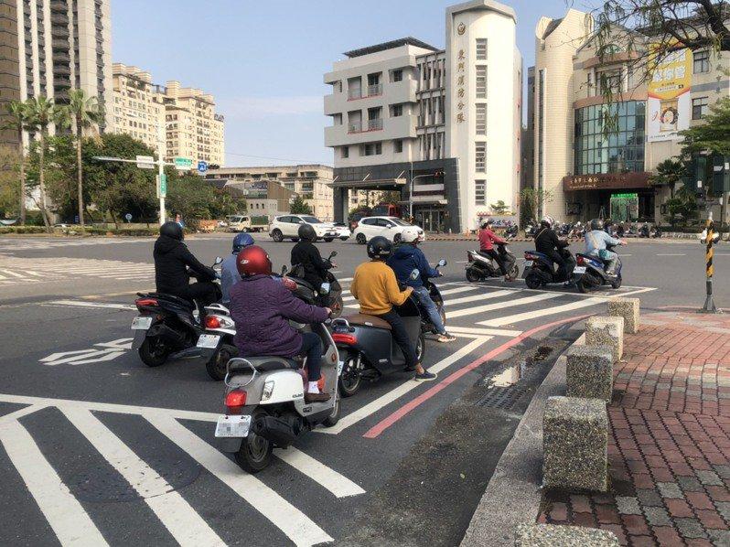 台南市規畫換購或新購低汙染車輛補助方案,最高可獲3.2萬補助。記者鄭惠仁/翻攝