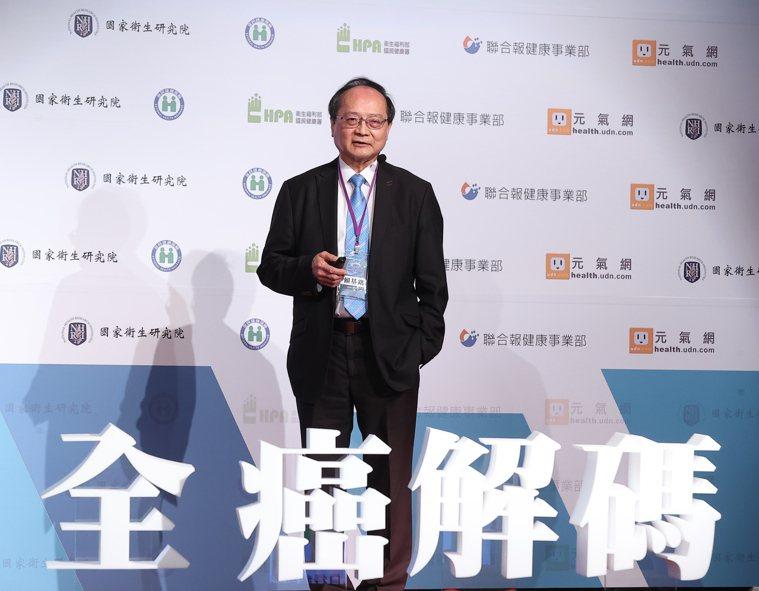 台灣癌症基金會執行賴基銘指出,台灣十大癌症有八個與肥胖有關,六至七成的癌前病變可...