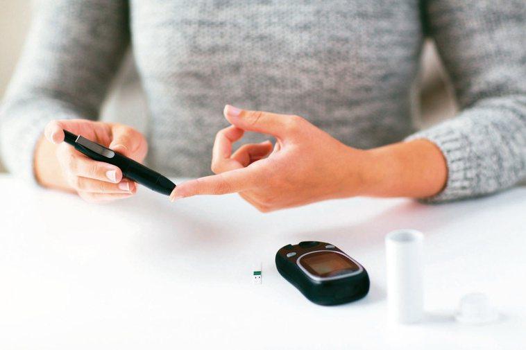 高血糖不一定是糖尿病,符合診斷標準,才是糖尿病。圖╱123RF