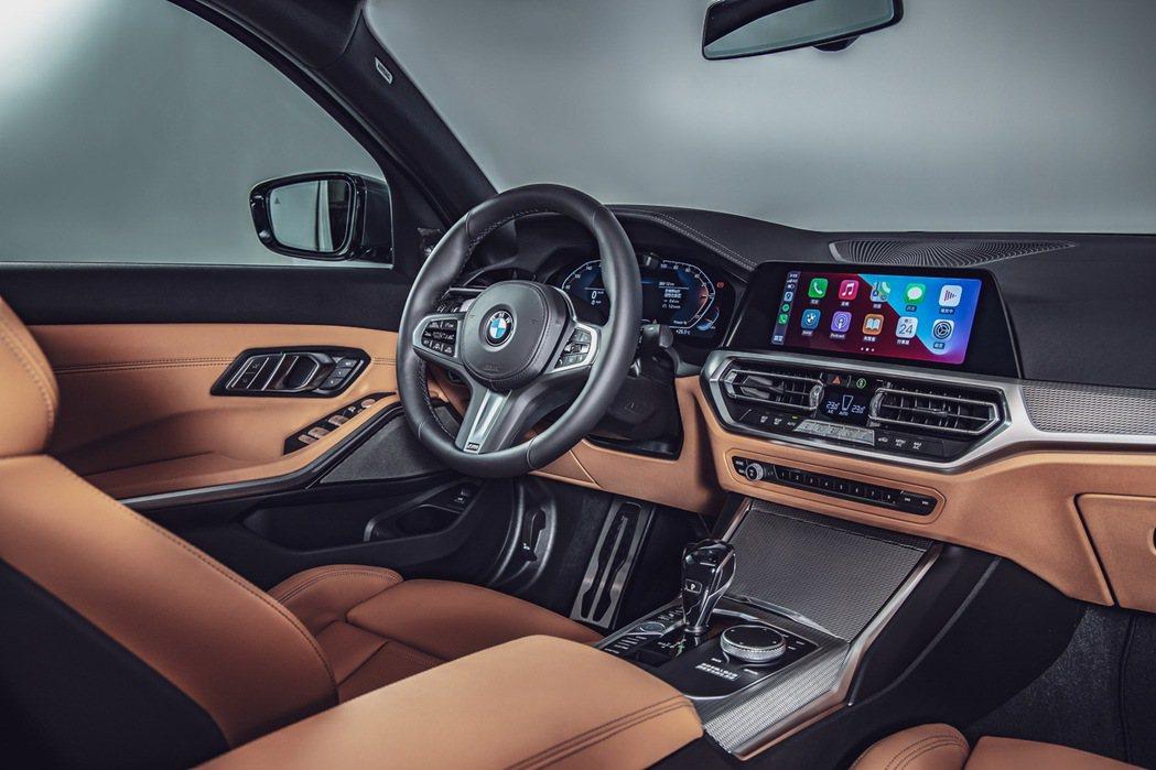 BMW全數位虛擬座艙(12.3吋虛擬數位儀錶及10.25吋中控觸控螢幕)、車況抬...