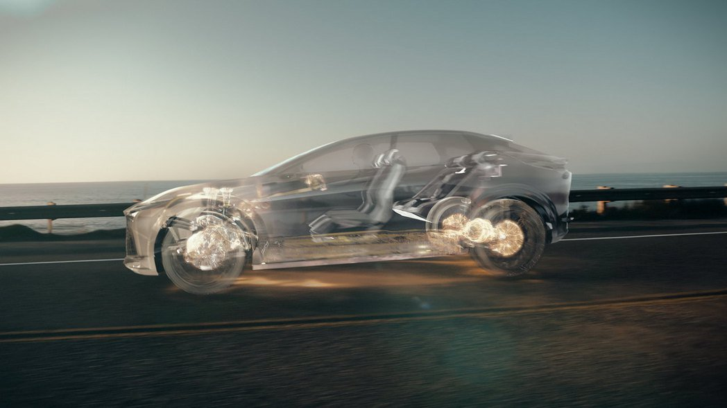 LF-Z Electrified採用了新一代DIRECT4四輪驅動技術。 圖/L...