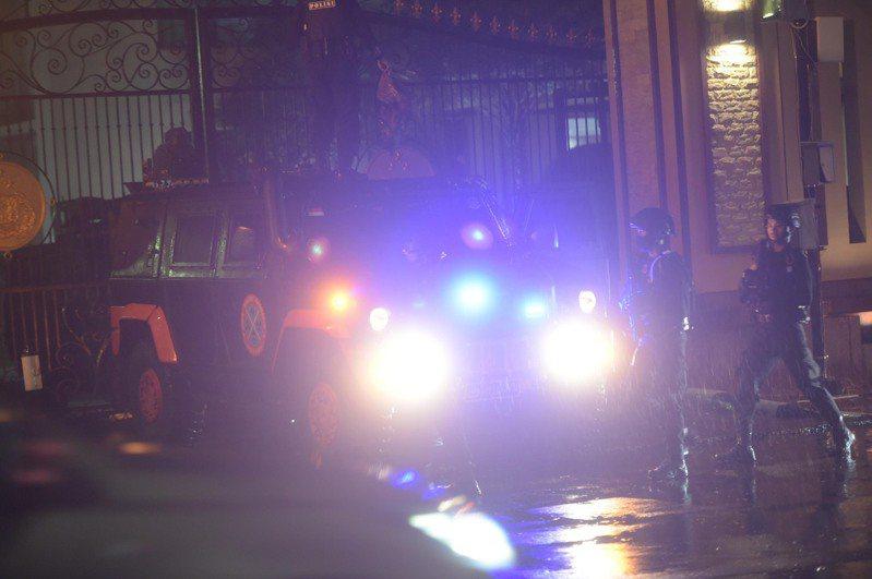 雅加達當局今(31日)傍晚指出,有一名持槍女子企圖攻擊國家警察總部,遭警方擊斃。新華社