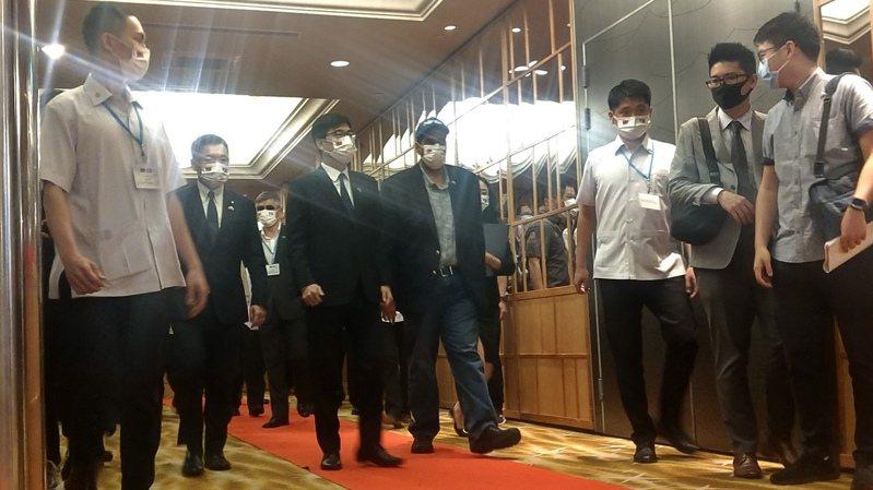 帛琉總統惠恕仁一行,中午與高雄市長陳其邁等人在漢來餐敘。記者蔡孟妤/攝影