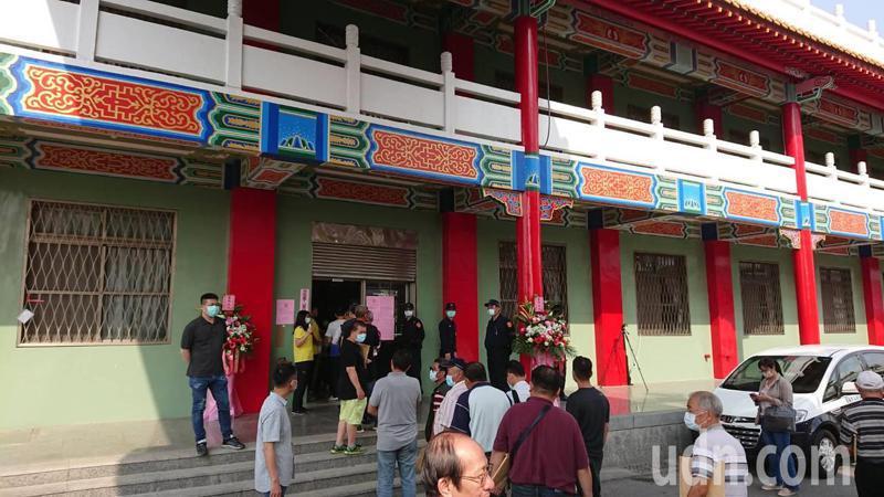 台南市區漁會今天改選理監事,政界分析親市長的人馬居優勢。記者鄭惠仁/攝影