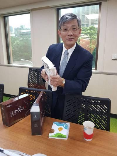台農發董座洪忠修表示,台農發的強項就是香蕉與鳳梨。記者彭宣雅/攝影