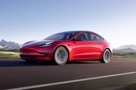 桃園、高雄再增設超級充電站!特斯拉Model 3第一季掛牌將突破1,200輛