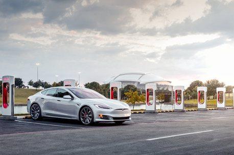 馬斯克:特斯拉充電站今年準備開放他廠電動車使用