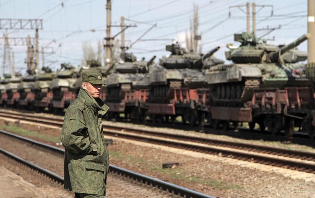 圖為俄軍當時進駐克里米亞半島。 圖/ 路透社