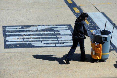 如果城市裡沒有清潔員?重要卻被忽視的「街頭隱形人」
