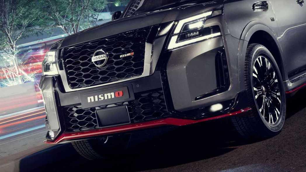 Patrol NISMO大面積的蜂巢式進氣口與NISMO徽飾。 圖/Nissan...