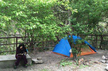 與孩子露營登山——知鳥咖啡楊宏光:不開車,只帶所需,享受旅行變換
