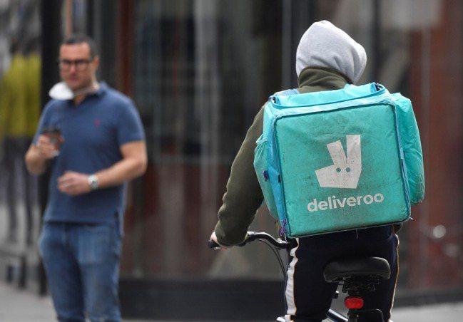 英送餐服務業者戶戶送(Deliveroo)。 路透社