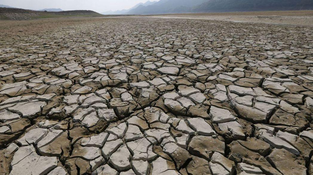 台灣正面臨56年來最大乾旱,是該時候展開節水行動了。 報系資料照