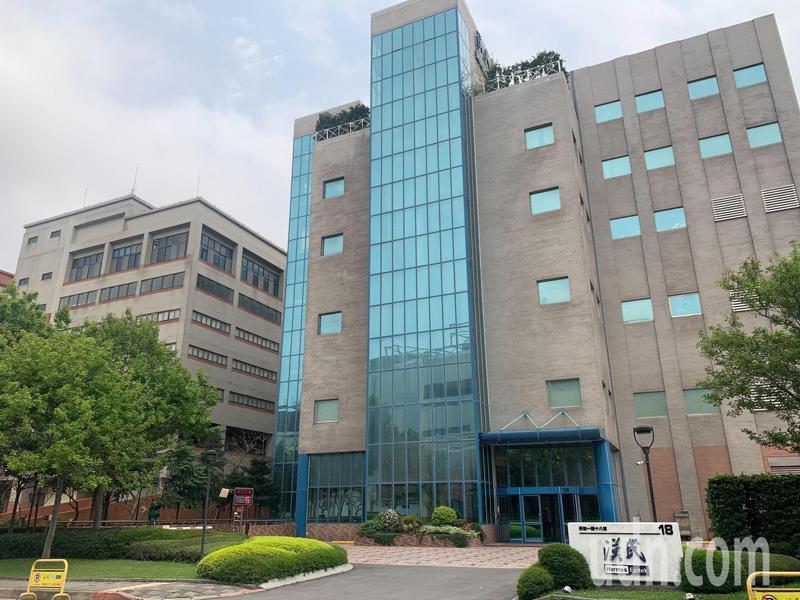 中央流行疫情指揮中心昨天公布境外移入案1026,經證實為竹科漢民科技(Hermes-Epitek)1名主管。記者巫鴻瑋/攝影