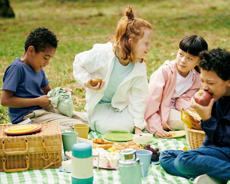 四天連假,UNIQLO也宣布從4月2日起到4月8日為止,推出多項童裝的購物優惠。...