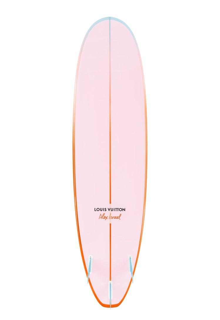 路易威登推出全新的On the Beach香水,並同時上市Alex Israel...