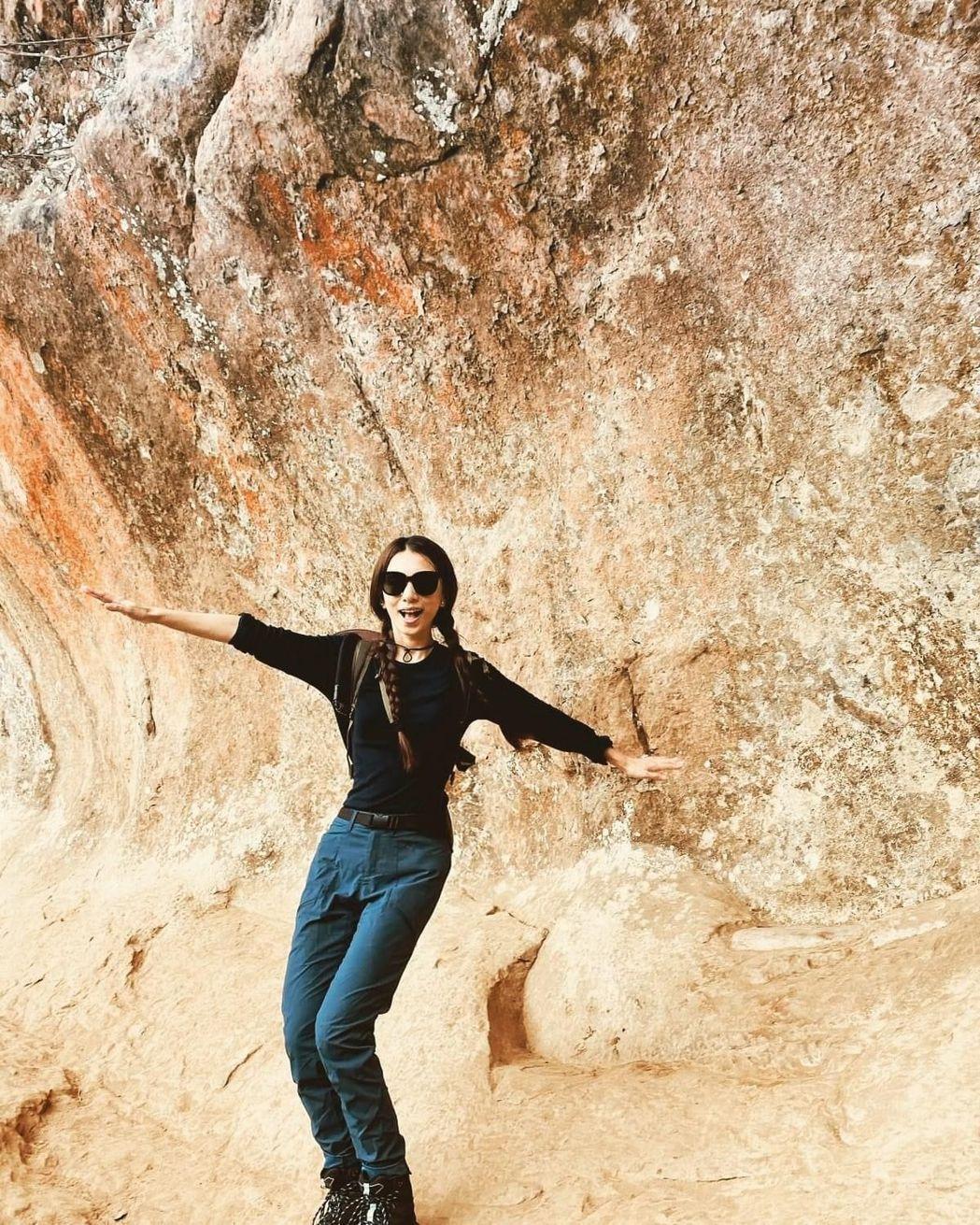 田馥甄38歲生日與粉絲分享與新北市三峽鳶山彩壁合影。 圖/田馥甄臉書專頁