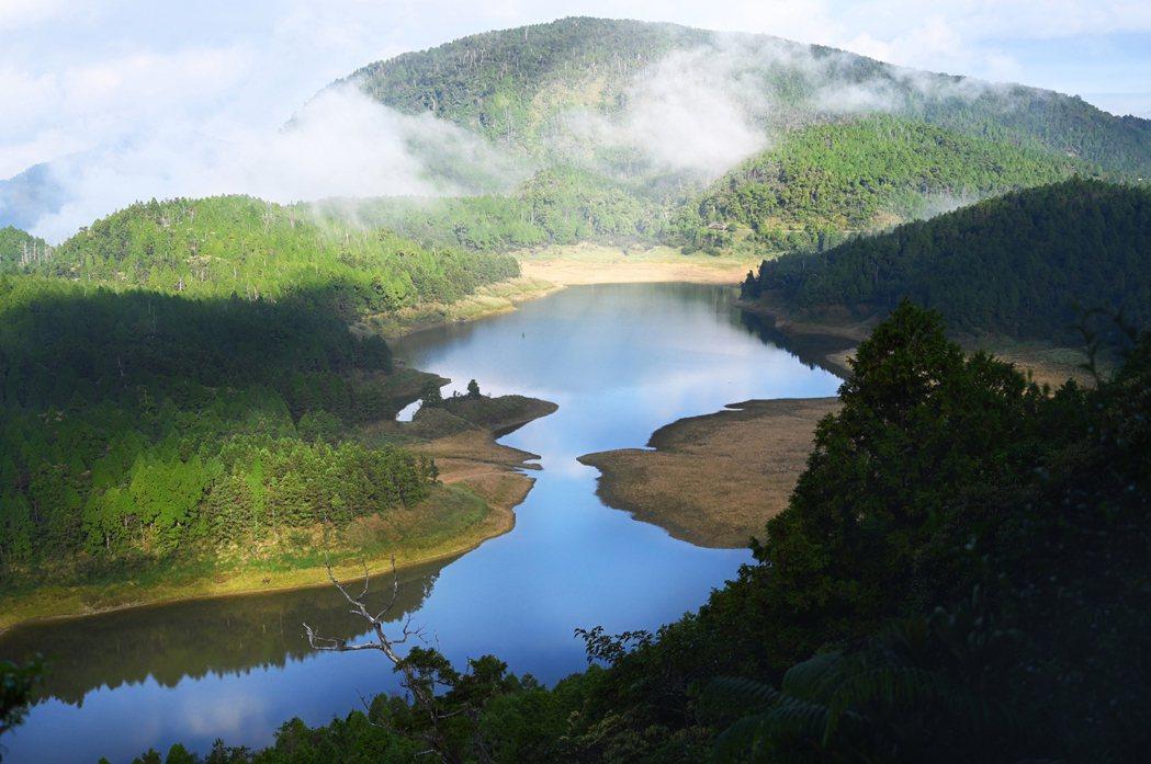翠峰湖。 圖/小林賢伍攝影