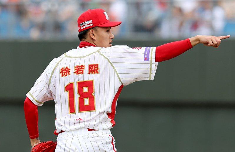 味全龍對徐若熙的保護制度並非他一人專屬,而是年輕投手都適用這套SOP。 聯合報系資料照