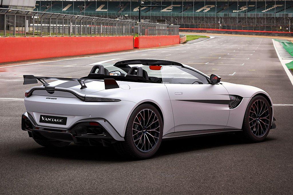 不只Coupe硬頂車型,Aston Martin Vantage F1® Edi...