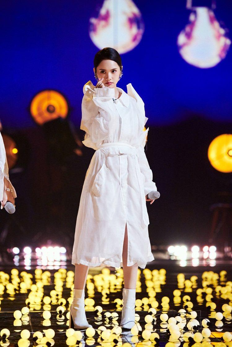 楊丞琳參戰「乘風破浪的姐姐2」,成功挺進總決賽。圖/環球提供
