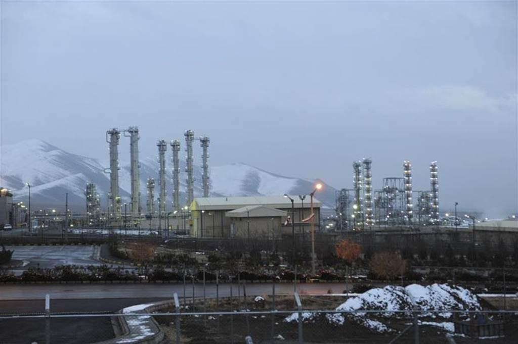 美國重返「伊朗核協議」2日出現新進展,協議簽署國在歐盟安排下將透過視訊討論美國重...