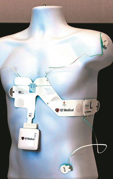 宇心生醫產品PCA500心電圖機。記者杜建重/攝影