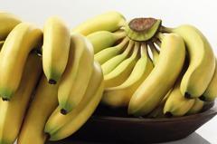 買香蕉要選直的還是彎的? 果農分析差別「不要挑錯了」