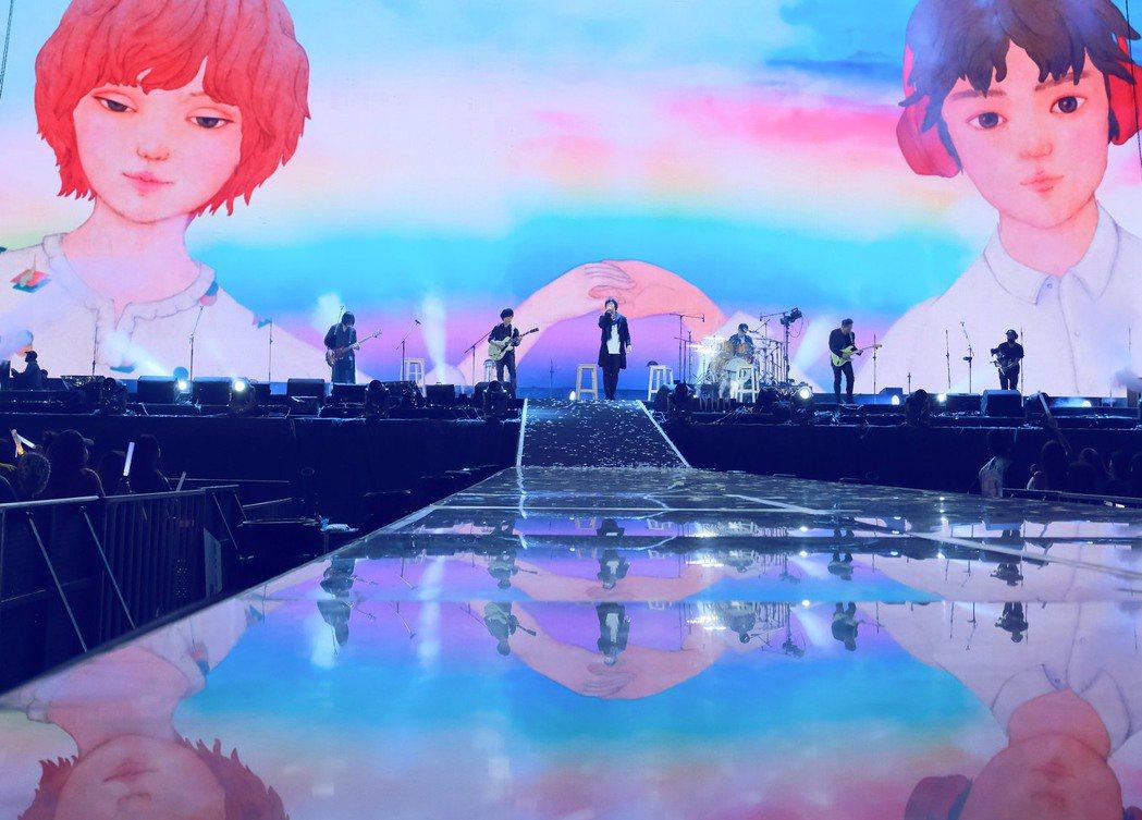 五月天在台南舉辦「好好好想見到你」演唱會。 圖/相信音樂提供