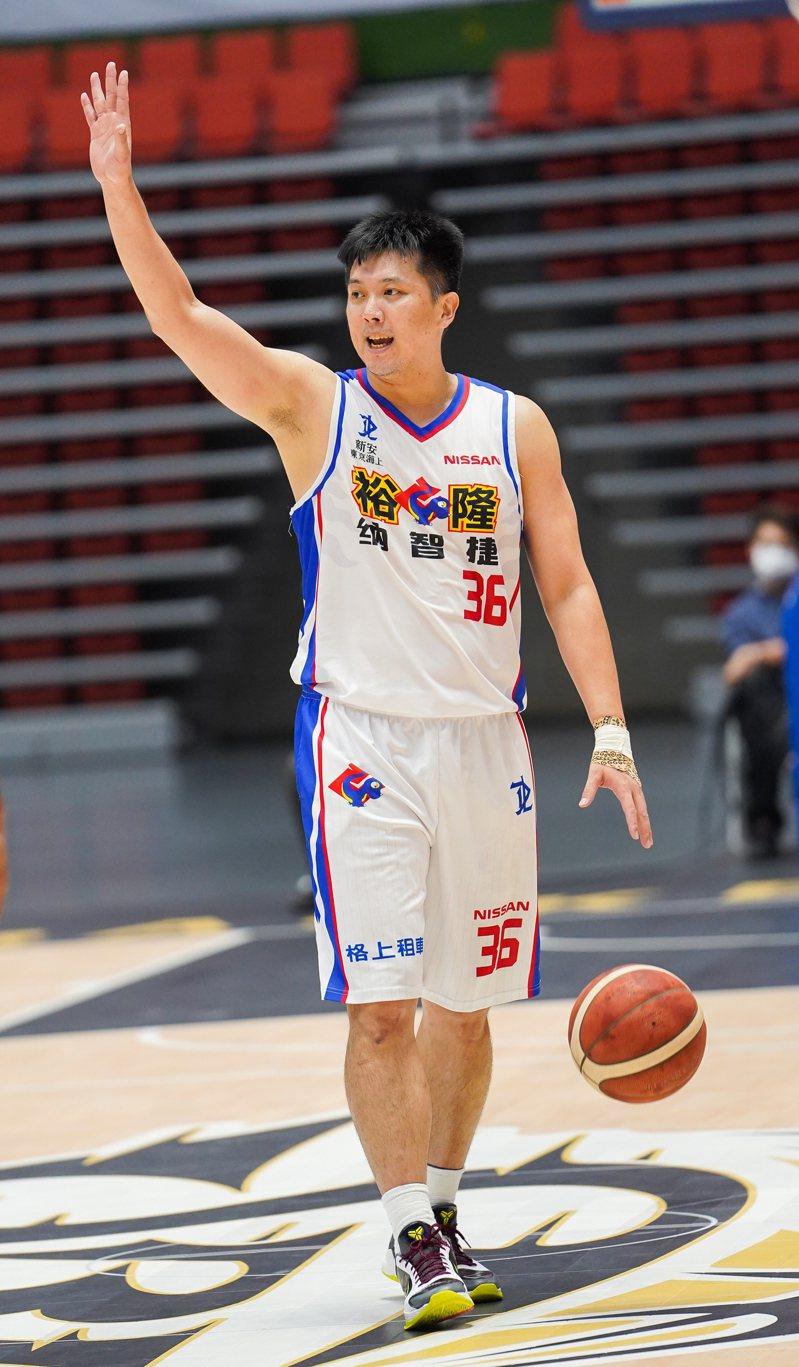 裕隆隊林宜輝13分。 中華籃協提供