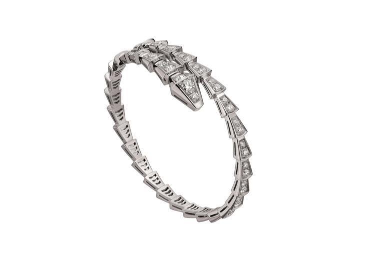 BVLGARI Serpenti Viper系列白K金鑽石手鐲,約69萬4,00...