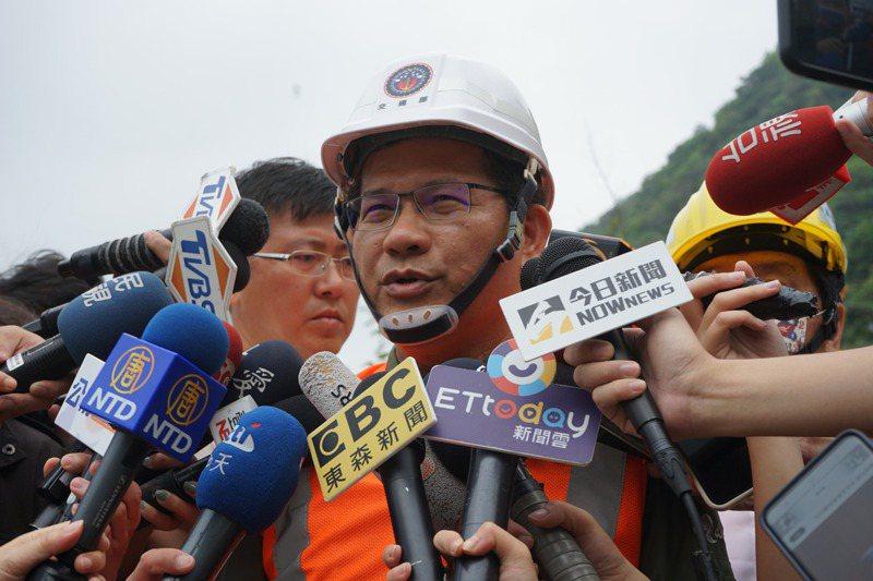 交通部長林佳龍表示,「該負責任的事情,不會迴避」。記者王燕華/攝影