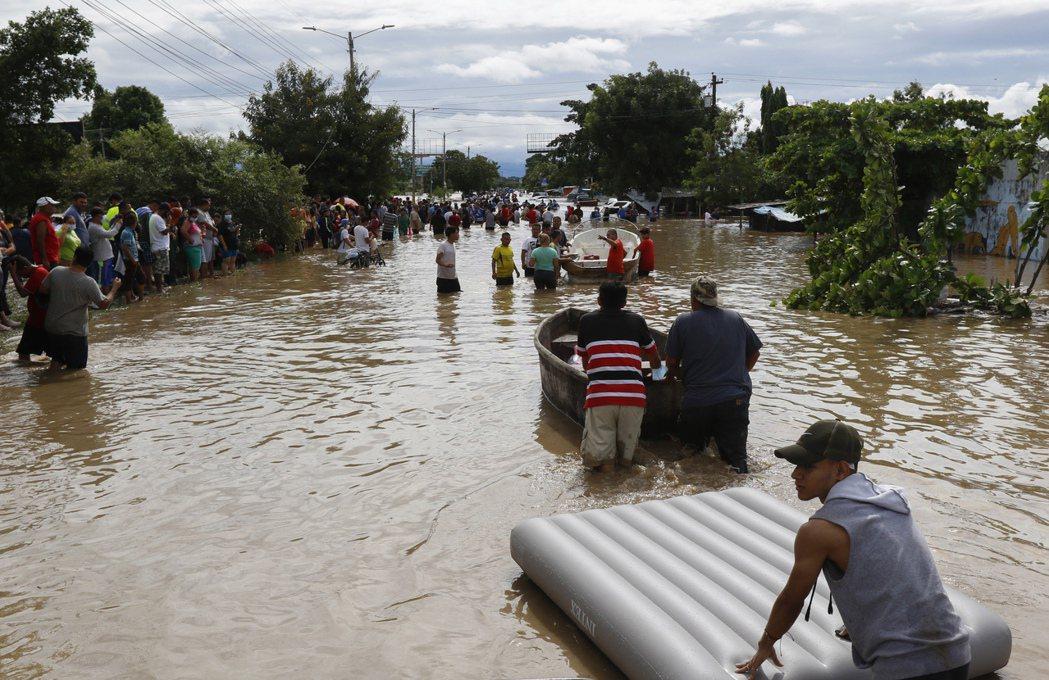 聯合國世界氣象組織已把多利安(Dorian)、蘿拉(Laura)、伊塔(Eta)...