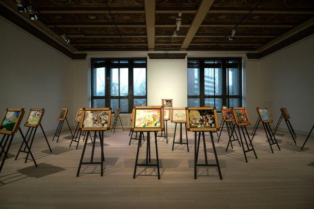 李明維在《我們的和平國度》中,目前為止邀來全球36位藝術家畫出心中的和平。圖/葛...