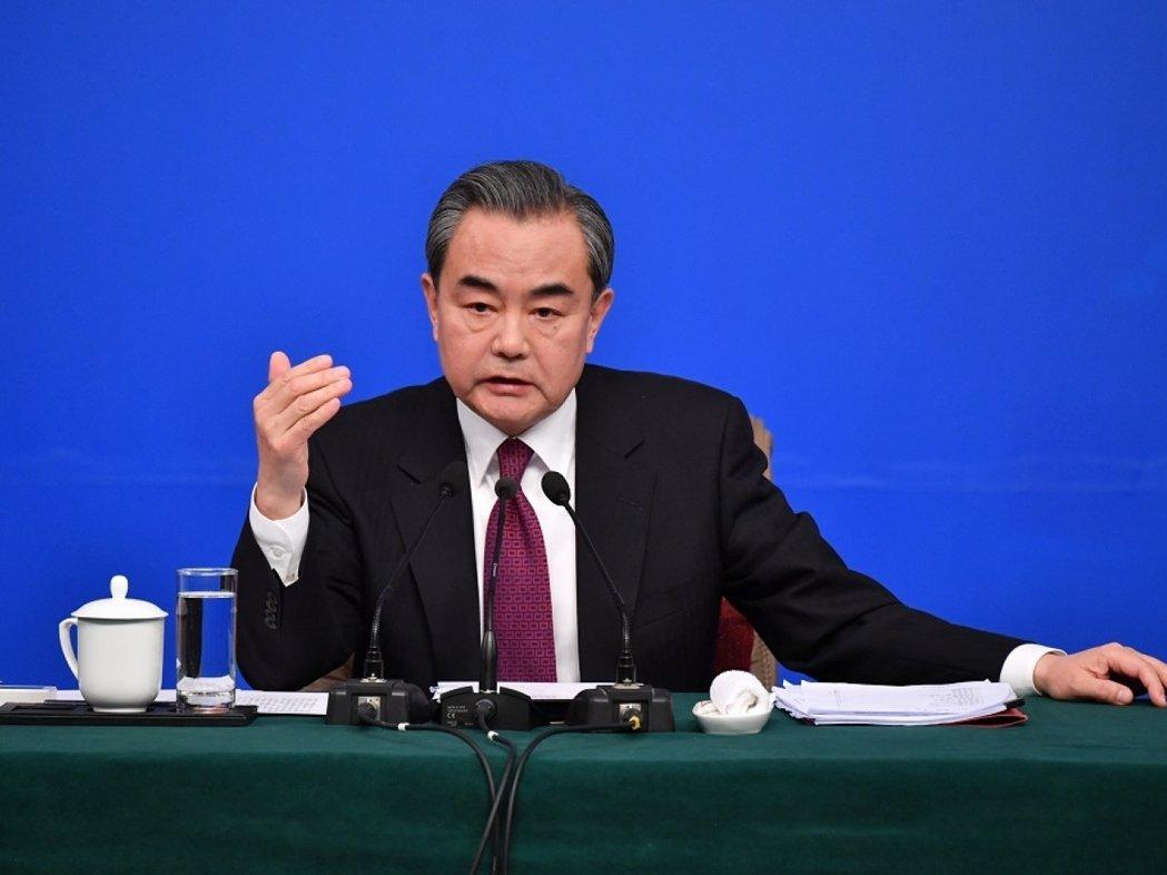 大陸國務委員兼外長王毅表示,中國不搞「疫苗外交」,將與東協共同生產分配疫苗。(新...