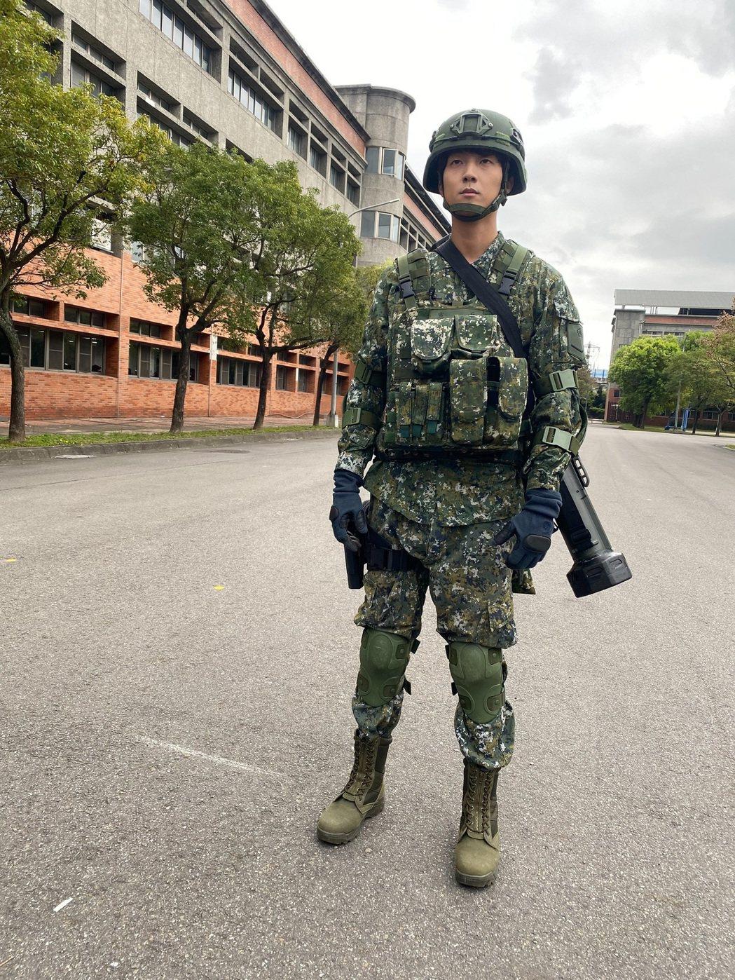 許書豪是陸軍的航空特戰(傘兵)退伍。圖/國防部提供