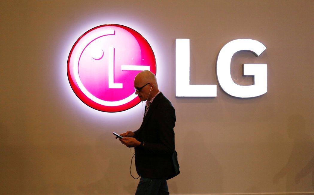 LG在全球智慧手機舞台曾經風光一時,如今不敵連年虧損,黯然謝幕。   路透
