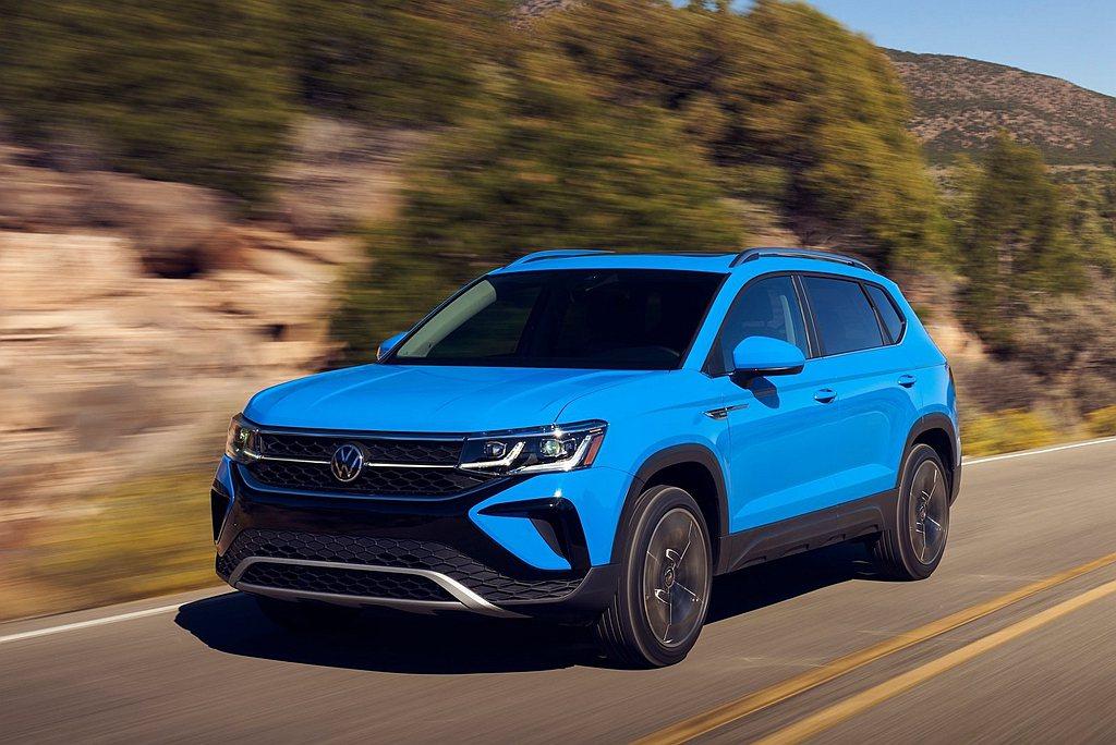 定位在福斯Tiguan之下的都會跨界休旅Taos,車身尺碼為長4,465mm、寬...