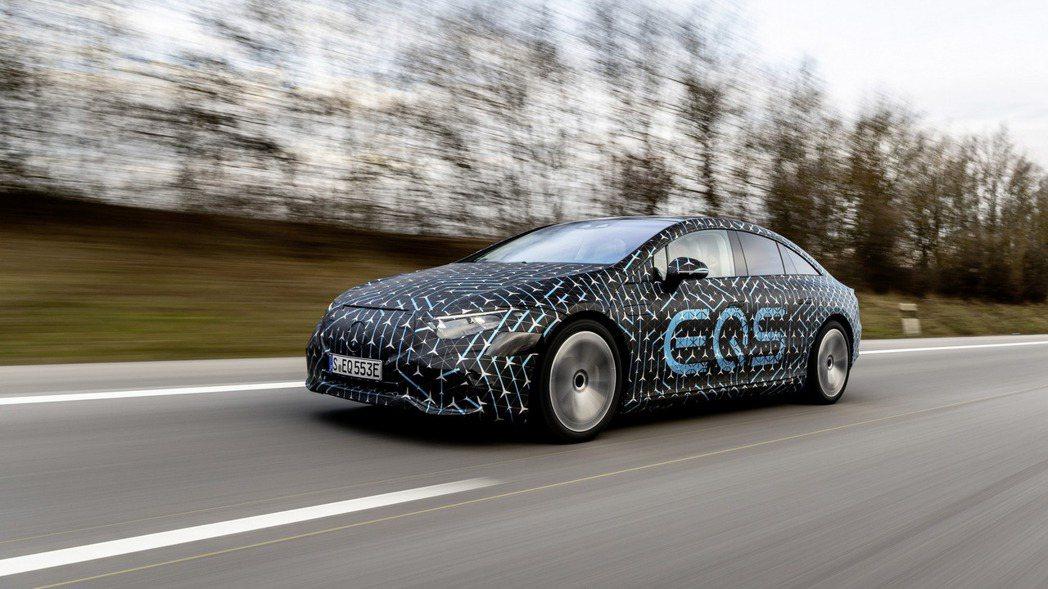 全新Mercedes-Benz EQS目前已知有EQS 450+、EQS 580...