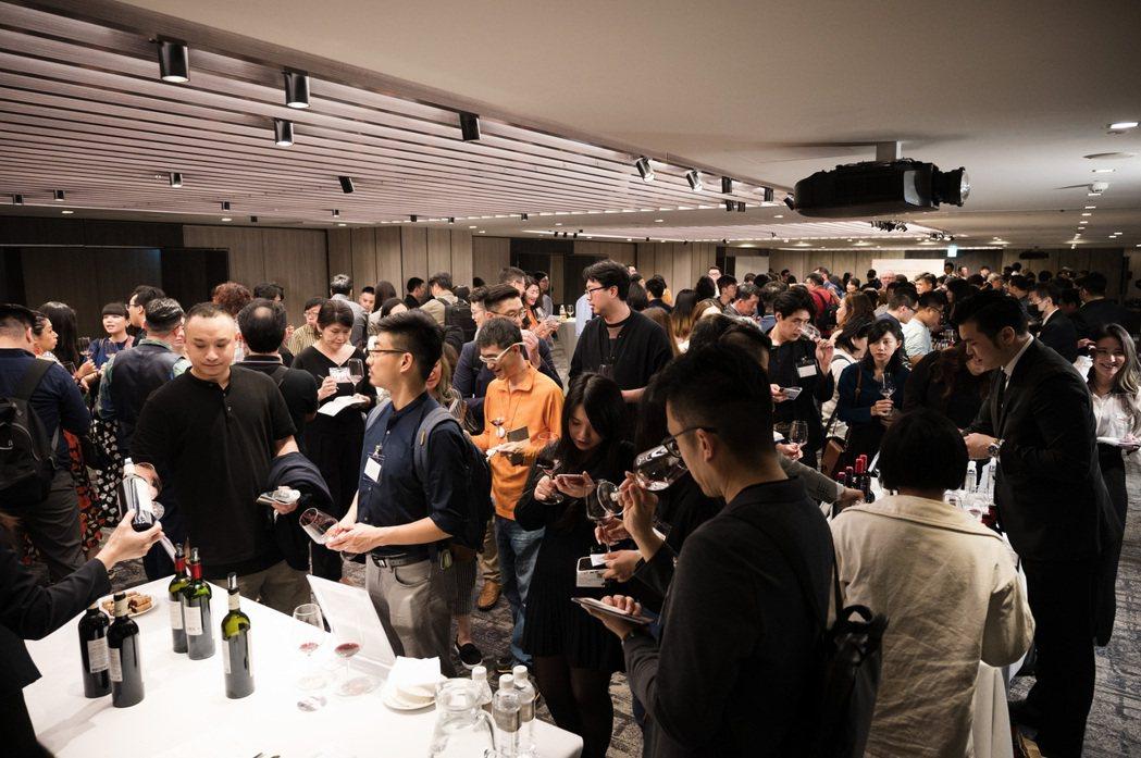 當天共有340名酒業專業人士共襄盛舉。聖愛美濃級數酒莊/提供