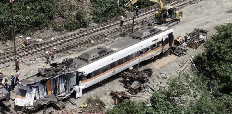 台鐵太魯閣號事故釀50死,逾200傷,恐創台灣史上陸上單一事件最高理賠金額。 報系資料照