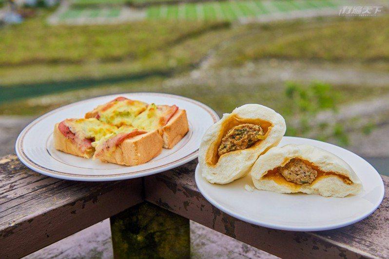 棲蘭山莊的馬告肉包、三星蔥焗烤厚片都是人氣小點。