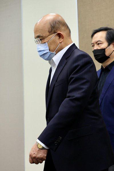 針對太魯閣號事故是否負起政治責任?行政院長蘇貞昌昨表示,政府要負責任、要做的事很多,現在搶救傷患、搶通現場最要緊。記者林伯東/攝影