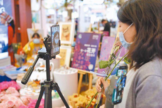 中國國家統計局網站今天上午公布4月PMI指數,製造業為51.1。中新社資料照片