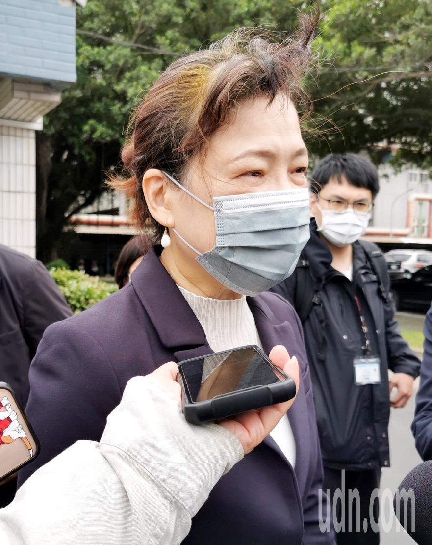 經濟部長王美花(見圖)表示中部供5停2限水措施,338個供水點將再增加及將與台中...