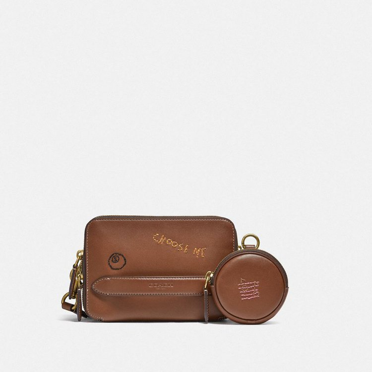 Charter手袋,16,800元。圖/COACH提供