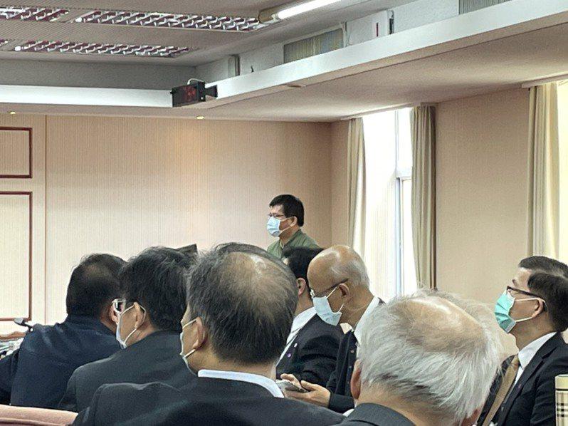 交通部長林佳龍說,他昨天已向行政院長蘇貞昌提書面辭呈。記者曹悅華/攝影