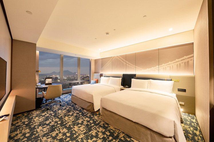 台北新板希爾頓酒店全新推出的「希爾頓家庭房」。圖/新板希爾頓提供