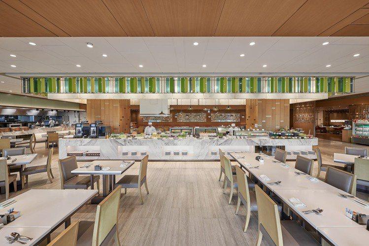 敘日全日餐廳宣布正式轉型為「全自助式供餐模式」。 圖/六福旅遊集團提供